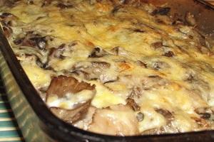 рыбная запеканка с картофелем и грибами