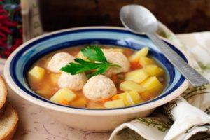 суп курица фрикадельки