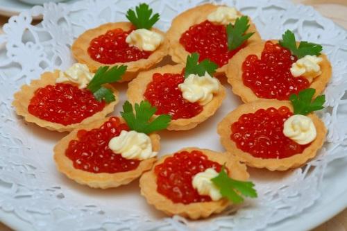 Красная икра в тарталетках с сыром рецепт