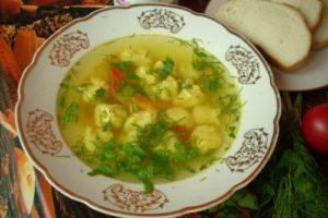 суп вкусный с клецками