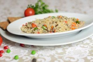 бурый с овощами рис